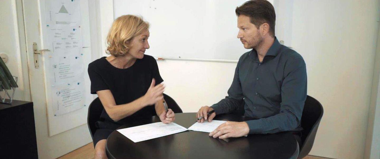 Coaching Gespräch zur Vorbereitung auf ein Assessment Center